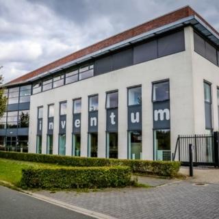 Inventum kantoor en fabriek in Houten